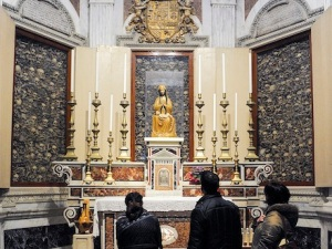 People view relics of the martyrs in the Cathedral of Otranto (Photo: CNS)