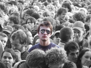 alone_in_the_crowd_by_cunny1988