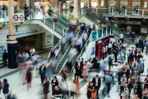 web-city-people-walking-blur-unsplash-pd